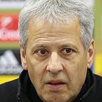 L. Favre, football coach