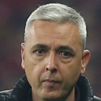 Tiago Nunes, football coach