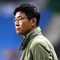 Kim Do-Hoon, football coach